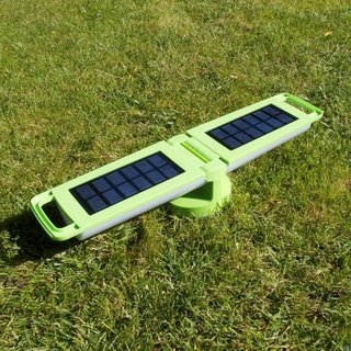 Dragonfly Portable Solar Light - Green