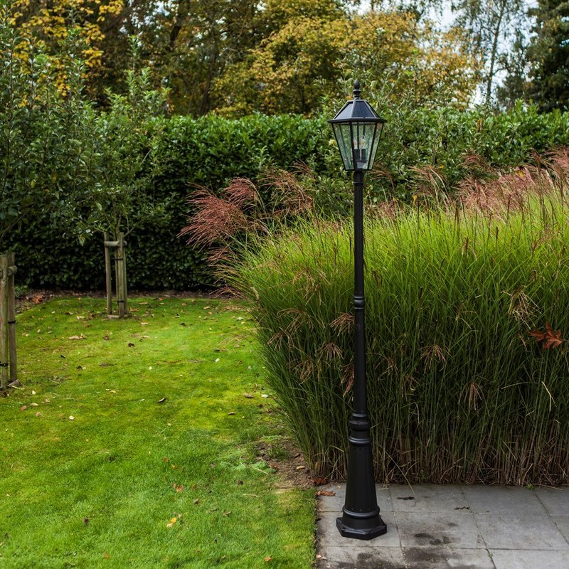 London LED Solar Garden Lamp Post/