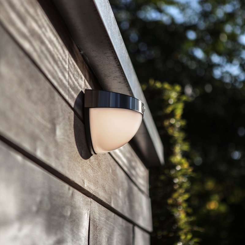 Bubble LED Solar Wall Light With PIR/