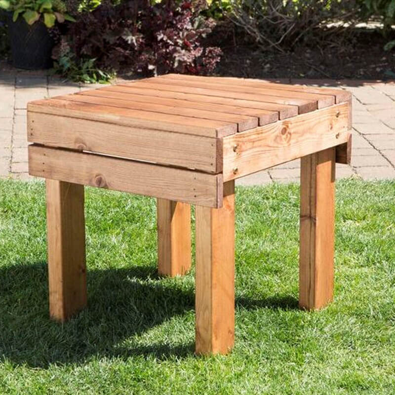 Compact Outdoor Wooden Drinks Table/