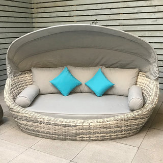 Constance Oval Daybed
