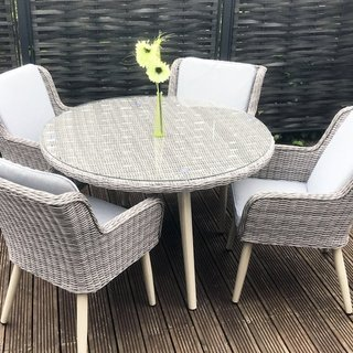 Alexandra Round Dining Table With Retro Legs & Four Chairs