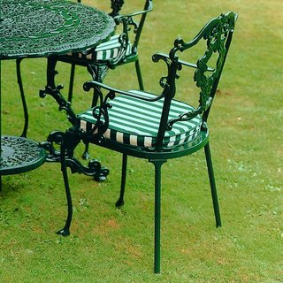 Grape Carver Chair - Green