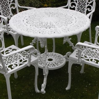 Victorian Round Table - White